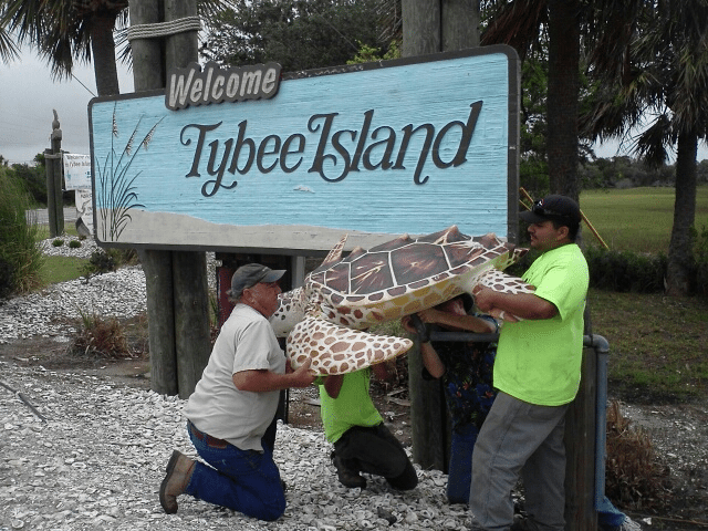 Tybee Welcomes Two for The Road 6