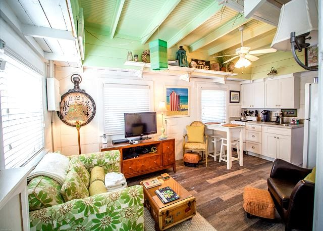 pack your wags for mermaid cottages