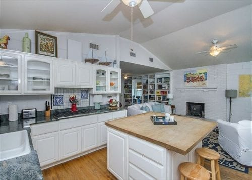 the kitchen at tybee twins cottage, mermaid cottages, tybee island ga